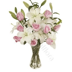 Bouquet di Rose rosa e Gigli bianchi