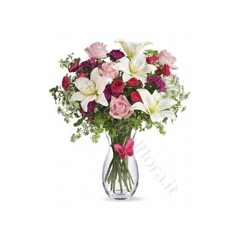 Bouquet di Gigli bianchi, Roselline rosse e rosa internationalflora.com
