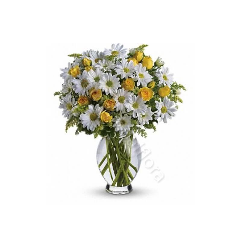 Bouquet di Margherite bianche e Roselline gialle internationalflora.com
