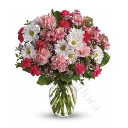 Bouquet di Fiorellini misti dai toni del rosa internationalflora.com