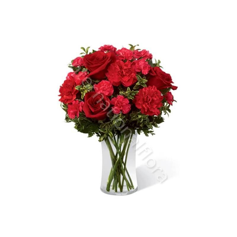 Bouquet di Rose rosse e Garofani rossi internationalflora.com
