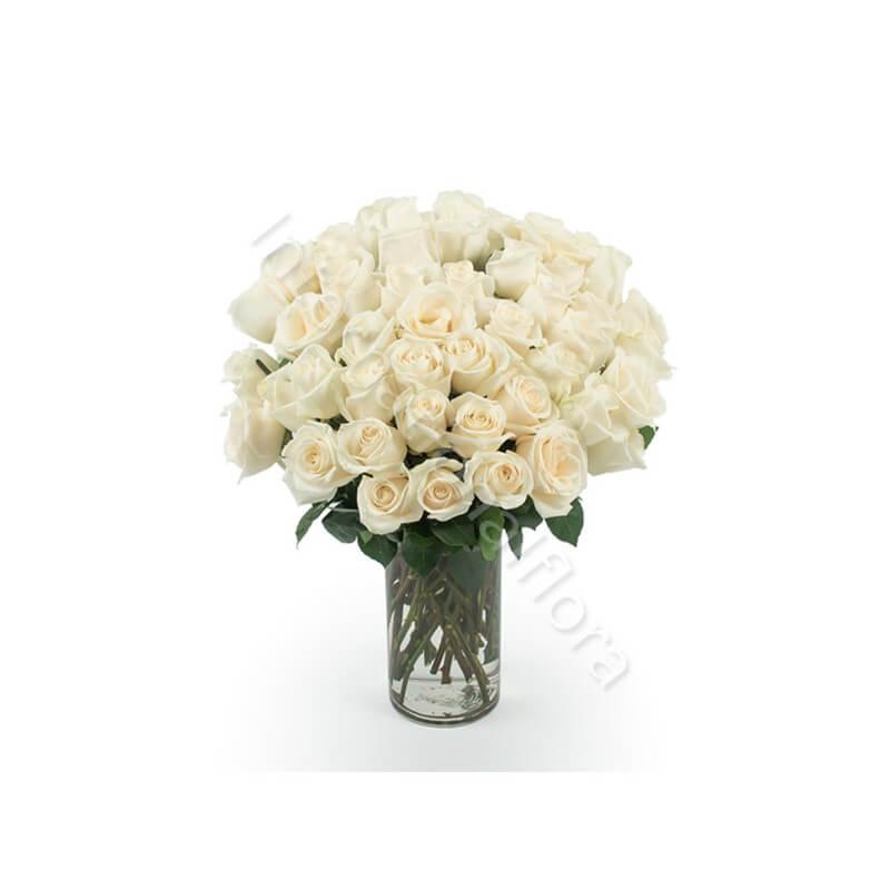 Bouquet di 50 Rose bianche internationalflora.com