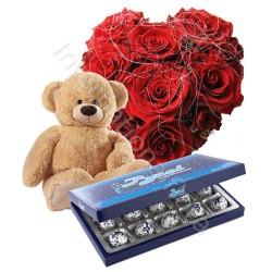 Scatola di Cioccolatini con Bouquet di 3 Rose rosse