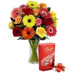 Bouquet di Rose e Gerbere colorate con scatola di Lindor