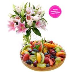 Crostata alla Frutta con Bouquet di Gigli