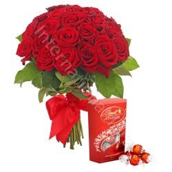 Bouquet di 18 Rose rosse con scatola di Lindor