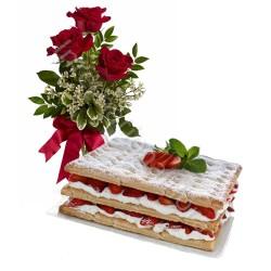 Torta Millefoglie con tris di Rose rosse