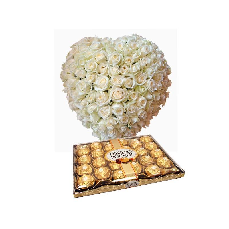 Cuore di 100 Rose bianche con Ferrero Rocher