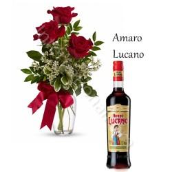 Bottiglia di Amaro con Bouquet di 3 Rose rosse